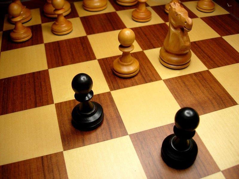 chess.jpg.581de4dbe2cfe5f5c4c83a6945598b27.jpg